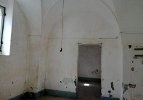 nella foto vediamo una stanza da ristrutturare situata in salento