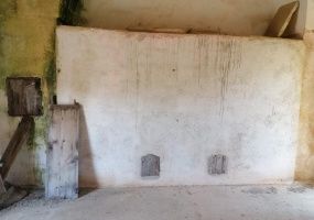 nella foto vediamo una stanza antica con deposito di grano in salento